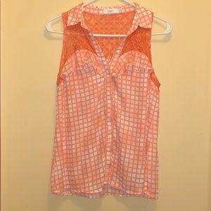 Candie's Women's sleeveless button up shirt (M)